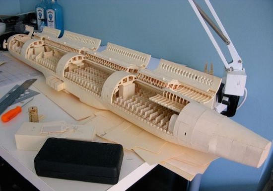 Detailed-Boeing-777-Made-of-Paper_121