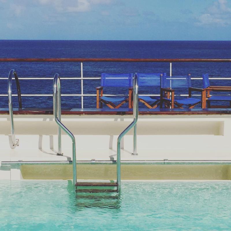 Club Med 2 4