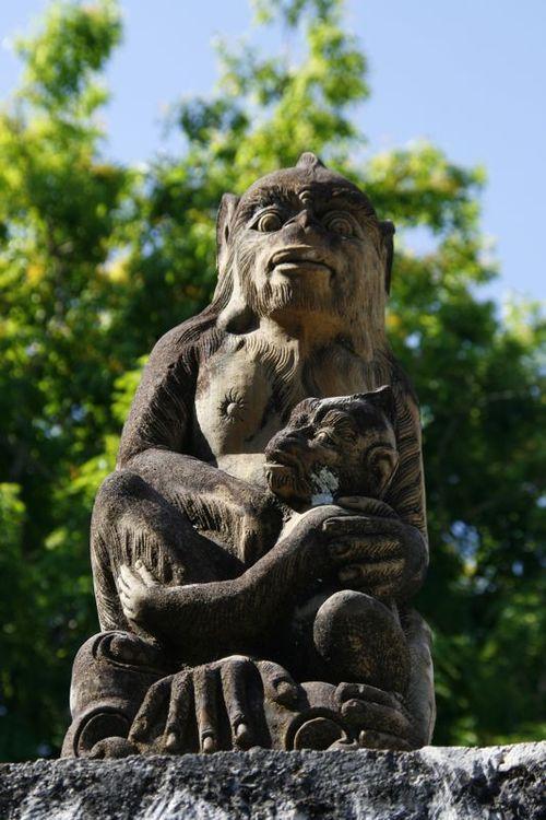 Statue de singes